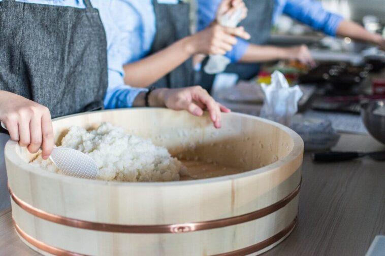 Como fazer arroz para sushi